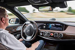Autonom fahrende Mercedes S-Klasse. Foto: Daimler