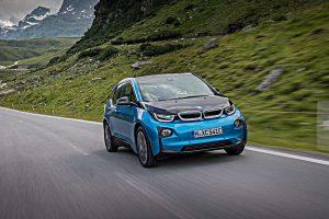 Die Batterie des BMW i3 ermöglicht eine Reichweite von 300 Kilometer Foto: BMW