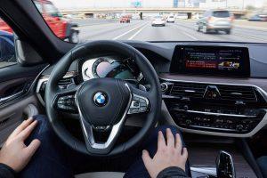 Autonomes Fahren in einem Auto von BMW. Foto: BMW