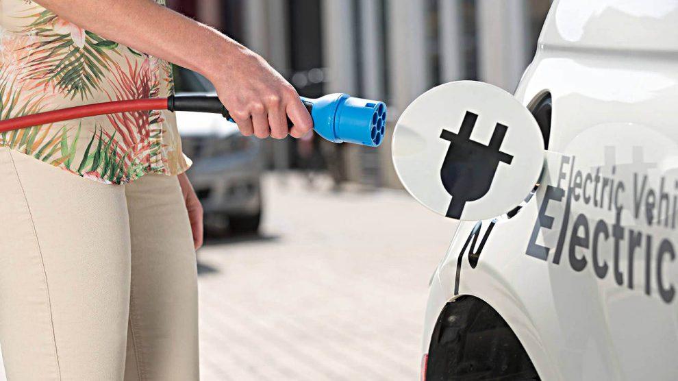 Für viele Autokäufer ist die Reichweite von Elektroautos noch zu gering. Foto: Bosch