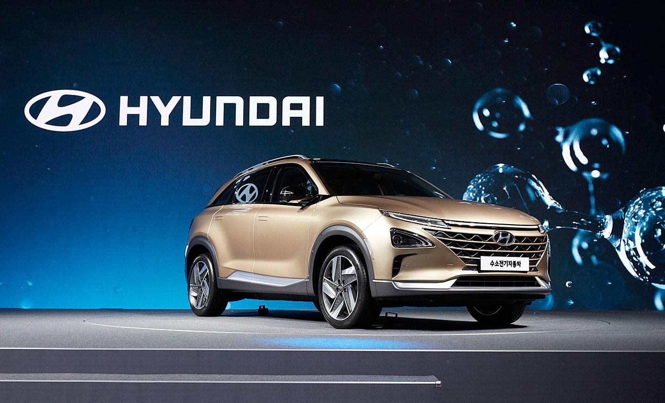hyundai zeigt neues brennstoffzellen fahrzeug autozukunft. Black Bedroom Furniture Sets. Home Design Ideas