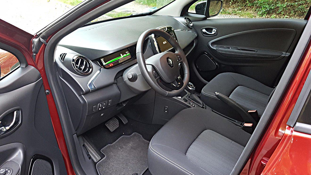 Blick in den Innenraum des Renault Zoe Z.E. 40. Foto: Mertens