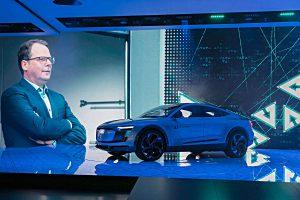 Audi-Entwicklungsvorstand Peter Mertens auf der IAA. Foto: Audi