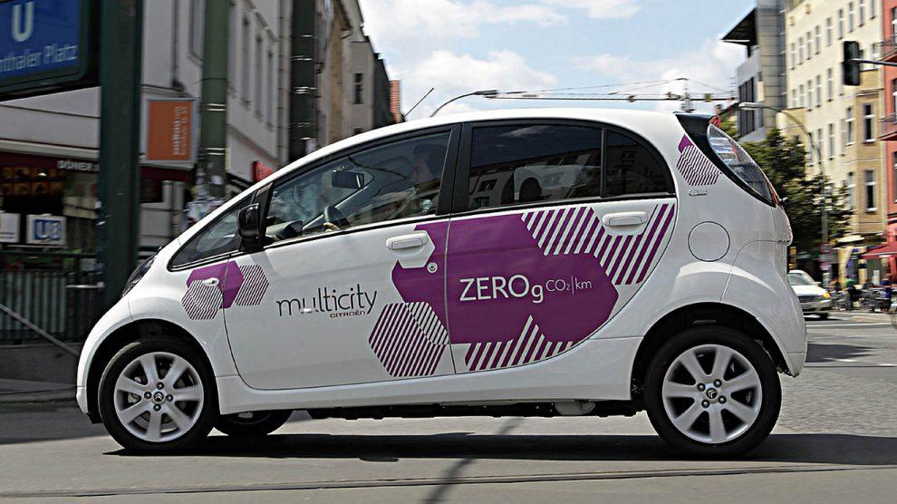 Ein Peugeot iOn vom Carsharinganbieter Multicity. Foto: Citroen