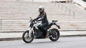 Die Zero S schafft bis zu 359 Kilometer in der Stadt. Foto: Zero Motorcycles